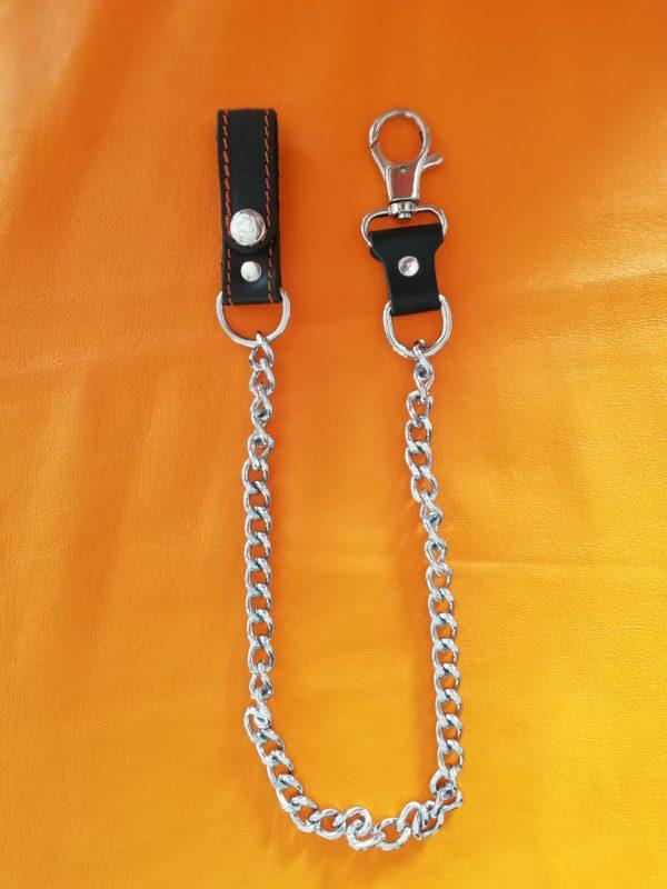 Łańcuch ze skórzaną szlufką i karabińczykiem